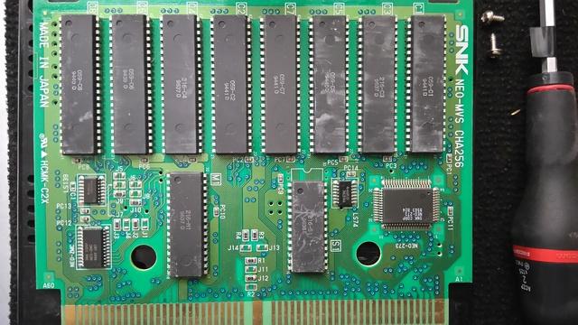 Bootleg or not ? Vérifier que vos PCB MVS sont originales Dsc_0311