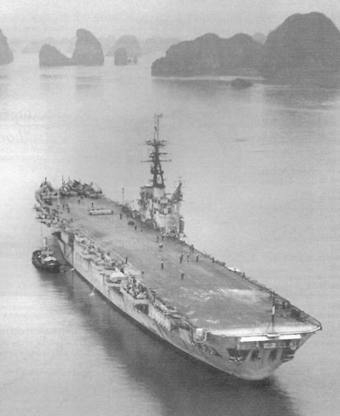 Porte-avions classe COLOSSUS britannique. Arroma11