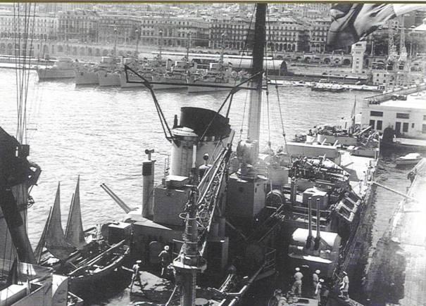 La crise de Suez: 20 octobre 1956 au 7 novembre 1956 - Page 2 George11