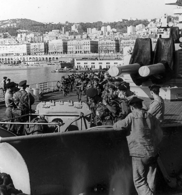 La crise de Suez: 20 octobre 1956 au 7 novembre 1956 - Page 2 Jean_b10