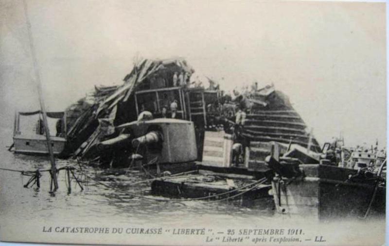 Le 25 septembre 1911 le cuirassé Liberté explosait à Toulon Libert10