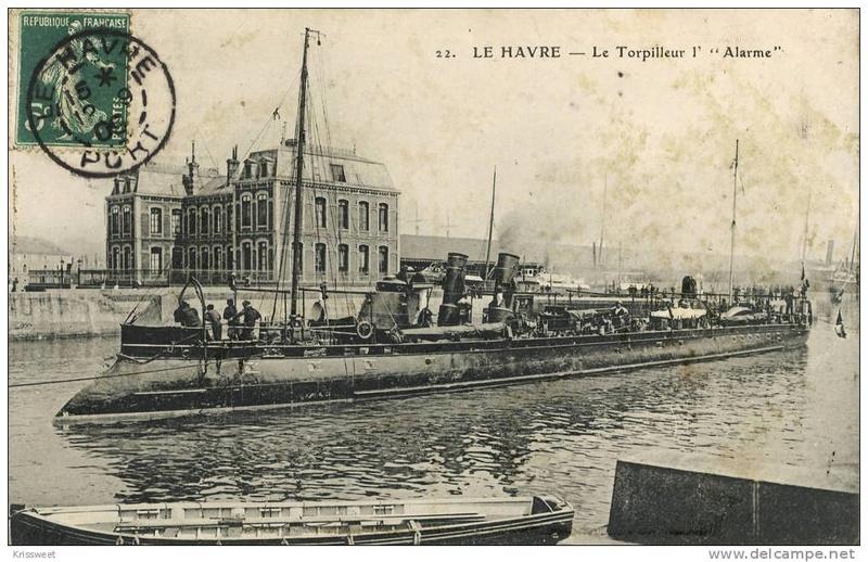 Les torpilleurs français T13_al10