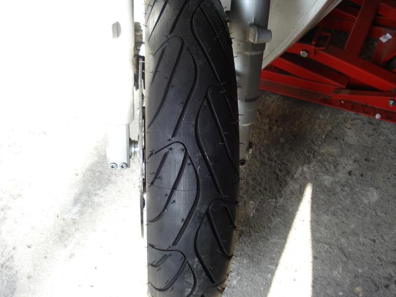 Essai pneu Dunlop RoadSmart III - Page 4 Dsc02411