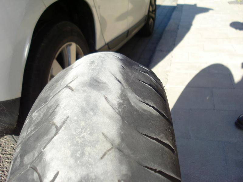 Essai pneu Dunlop RoadSmart III - Page 4 Fjr_jo11