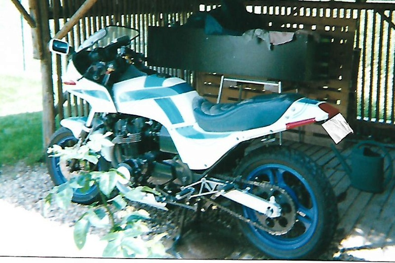 1100 ZX DOMINATOR BOXER BIKE  - Page 3 Gpzpap13