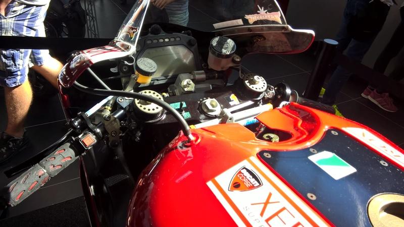 Ducati 999 et 749  - Page 4 Wp_20113