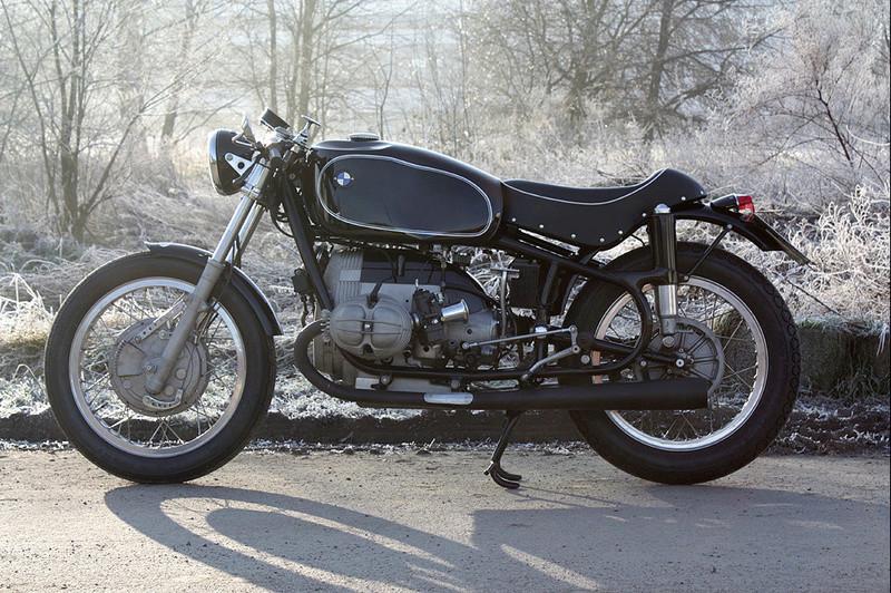 C'est ici qu'on met les bien molles....BMW Café Racer - Page 40 Edelwe10