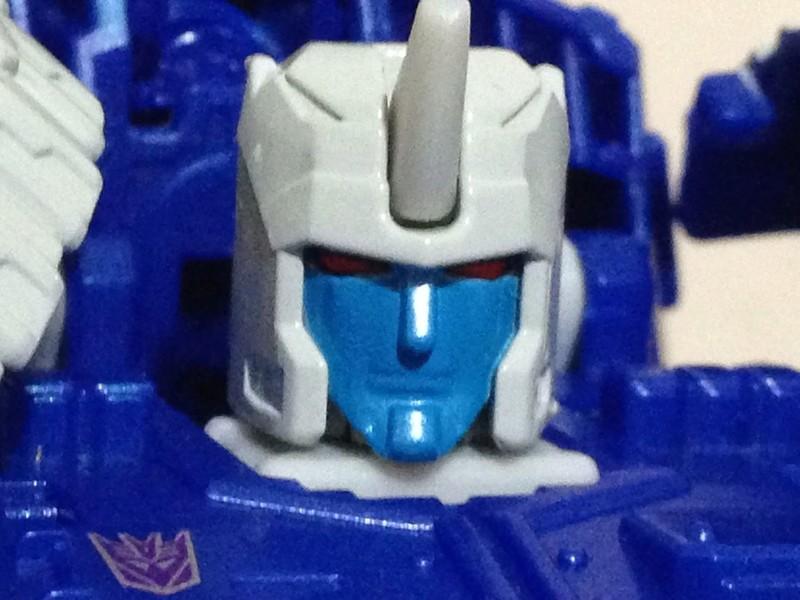Jouets Transformers Generations: Nouveautés Hasbro - partie 2 - Page 37 Drillh10