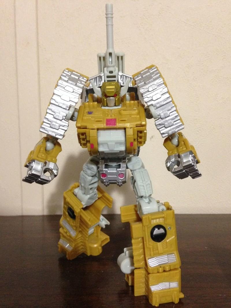 Jouets Transformers Generations: Nouveautés Hasbro - partie 2 - Page 37 Killbi12