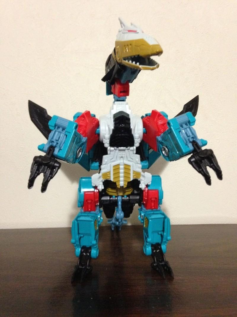 Jouets Transformers Generations: Nouveautés Hasbro - partie 2 - Page 37 Leozac12