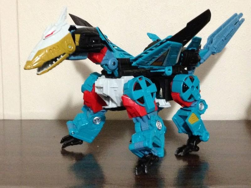 Jouets Transformers Generations: Nouveautés Hasbro - partie 2 - Page 37 Leozac14