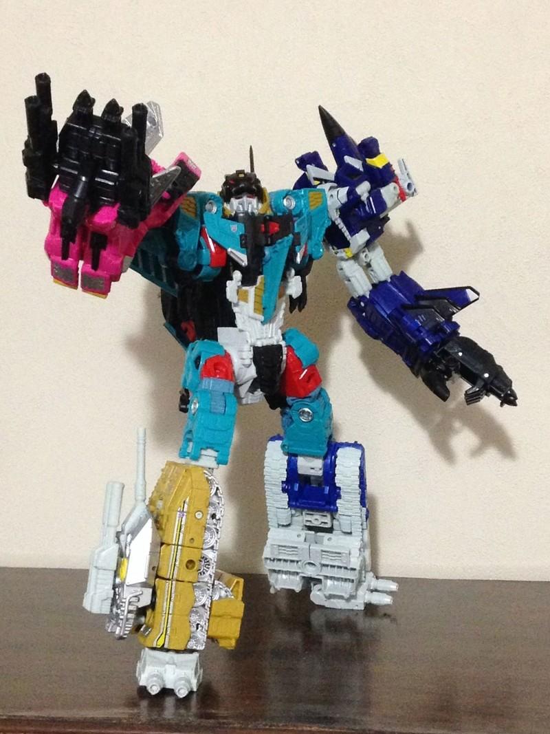 Jouets Transformers Generations: Nouveautés Hasbro - partie 2 - Page 37 Liokai14