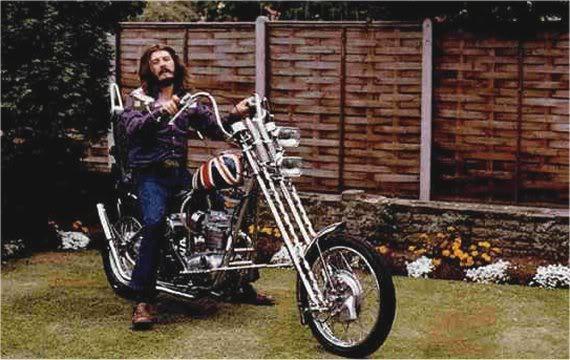 Ils ont posé avec une Harley, principalement les People - Page 5 1973bo10