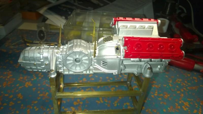 Ferrari F40 von Pocher 1:8 mit autograph Transkit gebaut von Paperstev Motor011