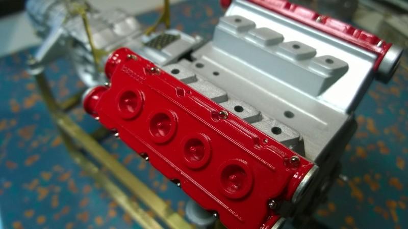 Ferrari F40 von Pocher 1:8 mit autograph Transkit gebaut von Paperstev Motor012