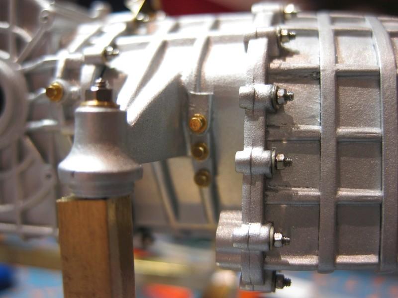 Ferrari F40 von Pocher 1:8 mit autograph Transkit gebaut von Paperstev Motor019
