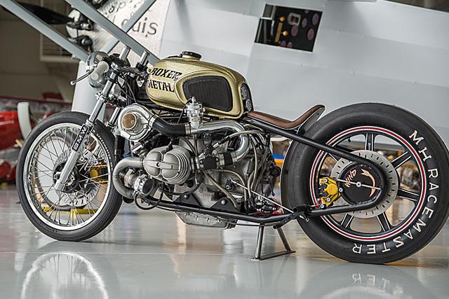 PHOTOS - BMW - Bobber, Cafe Racer et autres... - Page 6 24_02_10