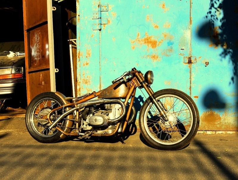 PHOTOS - BMW - Bobber, Cafe Racer et autres... - Page 6 34146311
