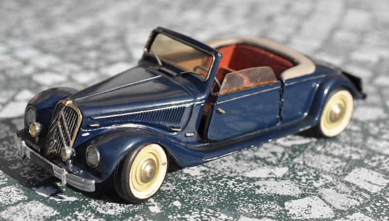 Citroën - Les Traction-Avant Citroën suisses Langenthal 1949 - 1953  Dsc_0830