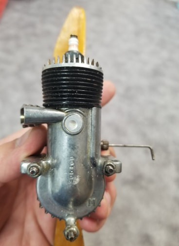 Help ID O&R .29 Glow Engine 59674410