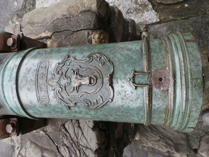 Un beau canon en bronze 20160814