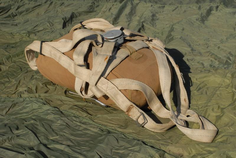 Boucle parachute anglais Dsc_0010