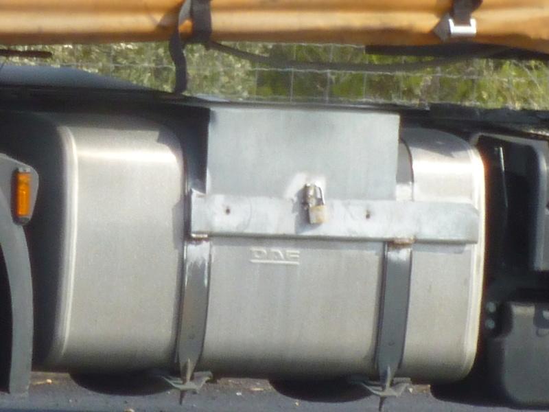 Antivol de Gasoil P1050326