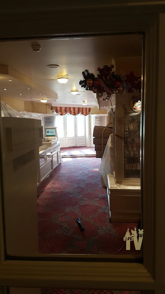Disneyland® Hotel - lavori di restauro 001d20