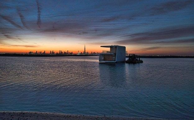 فيلات فاخرة عائمة بأعماق البحر فى دبى . الان يمكنك النوم مع السمك (بالصور) 11743810