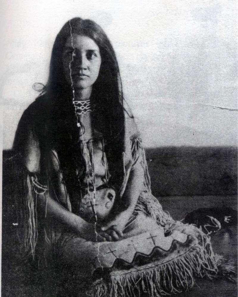 Norma Earl SMISER, une beauté Tales_10