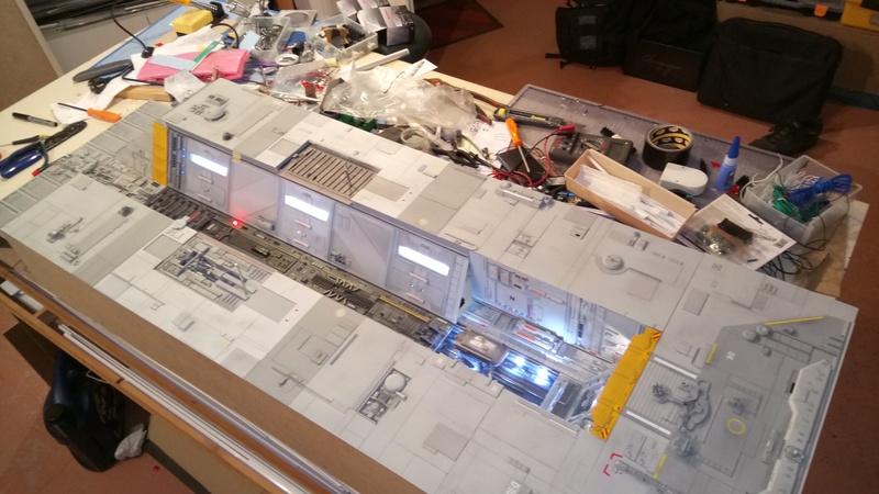 Fregate de combat au 1/200 - Page 4 Dsc_1014