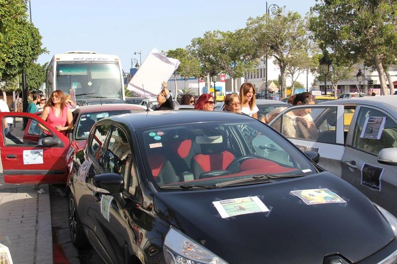 MASSACRES à CIEL OUVERT en Tunisie - Page 3 Manif_20