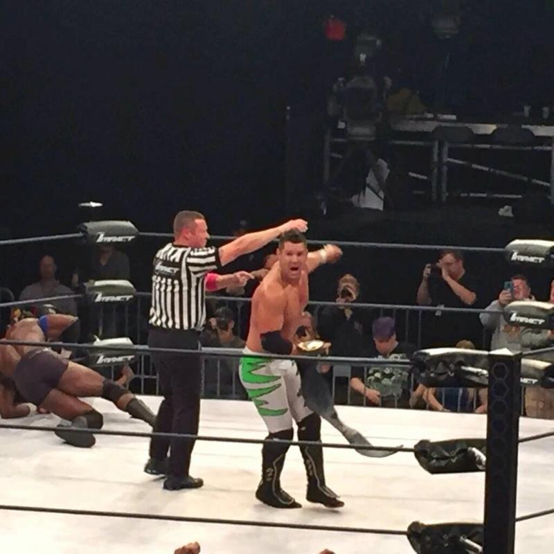 [Compétition] Changement de titre lors des derniers tapings de la TNA Ct4jke10