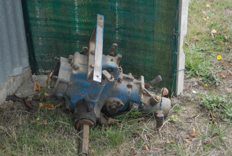 (Vends) outils, accessoire micro tracteur Motostandard Gutbrod _sim0028