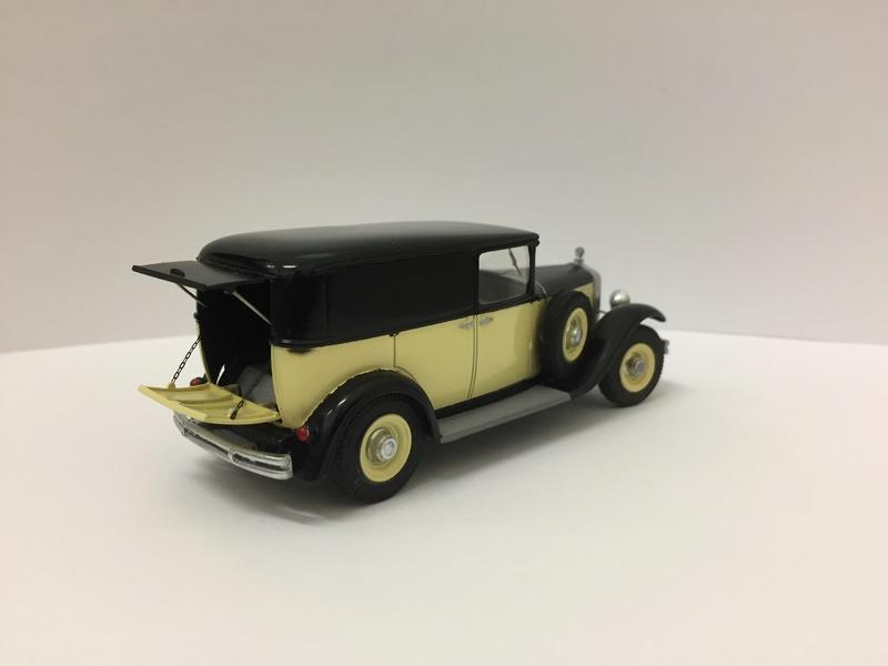 C6 commerciale arrière ouvert 1929 Img_2610