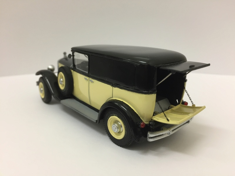 C6 commerciale arrière ouvert 1929 Img_2611