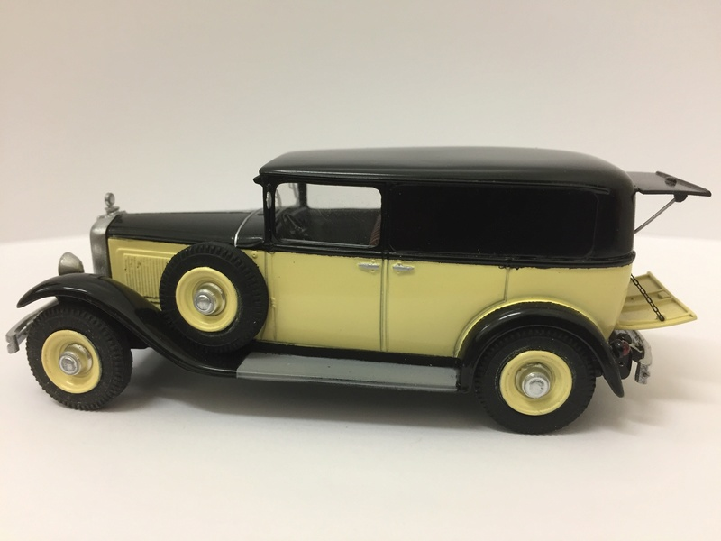 C6 commerciale arrière ouvert 1929 Img_2612
