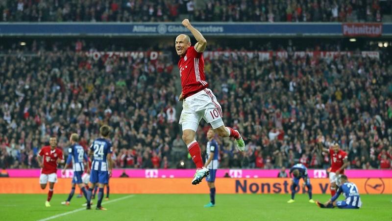 [10] [Mittelfeld] Arjen #Robben  - Page 4 Fcbhip11