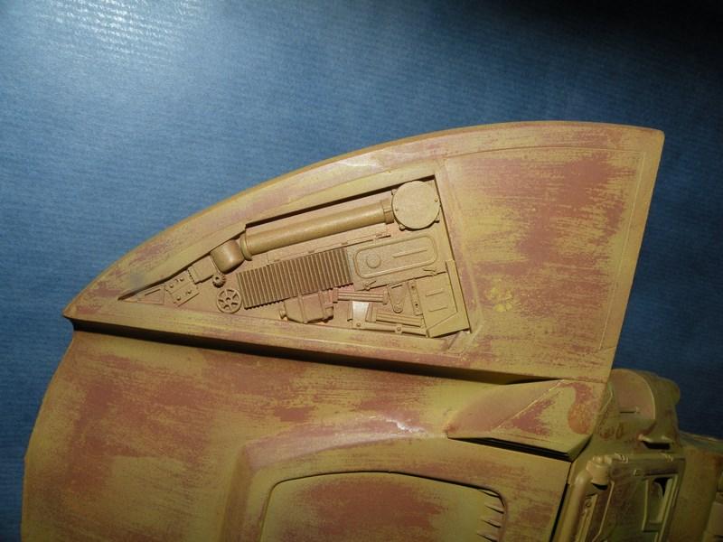 épave de char de la fédération du commerce !! kit AMT Dscn0018