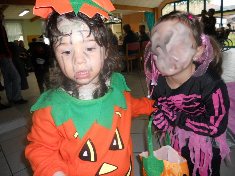 galerie ronde d'Halloween - Page 6 111