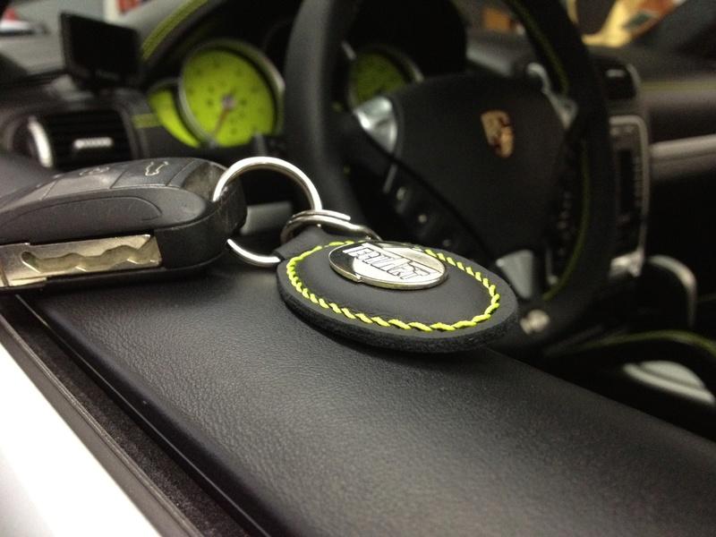 [Shooting] Porsche Cayenne Turbo Techart - Page 2 Ph91g10