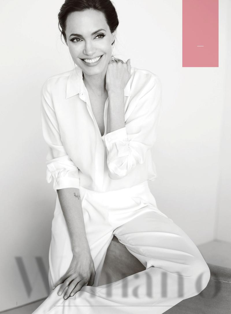 Angelina Jolie Fotos 00110