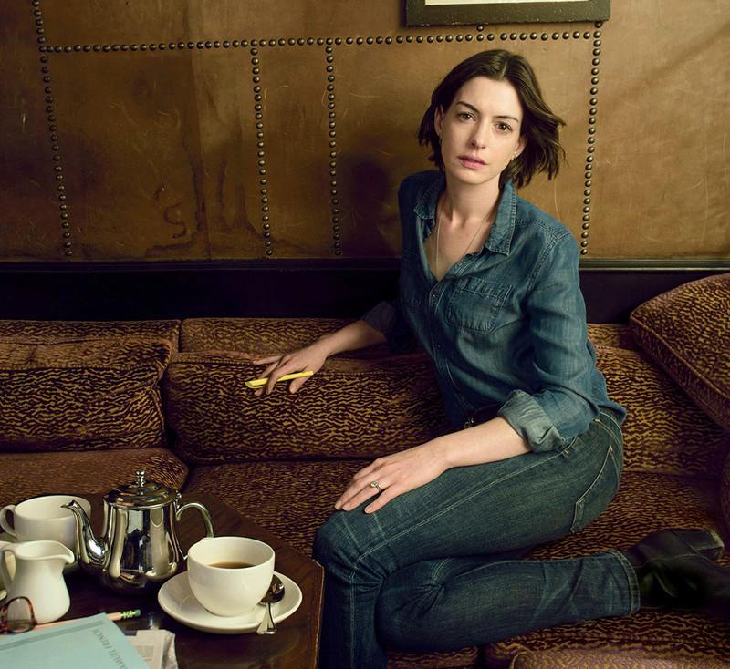 Anne Hathaway Fotos 001_110