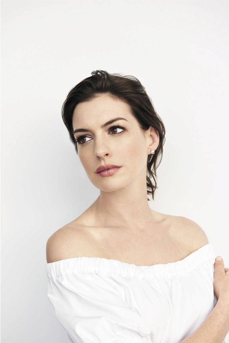 Anne Hathaway Fotos 001_610