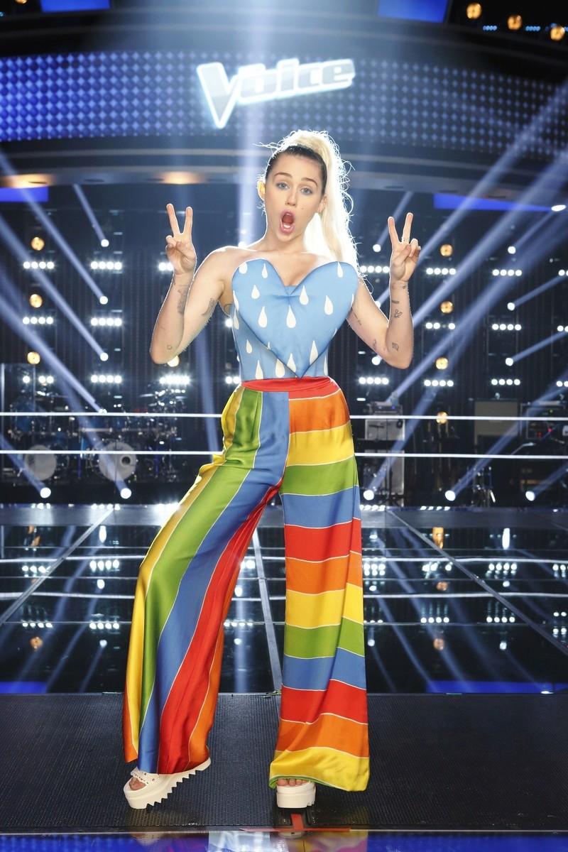 Miley Cyrus Fotos  002-7910