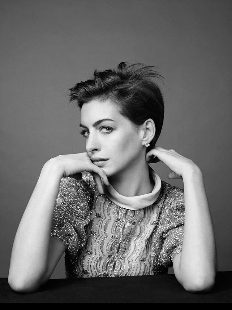 Anne Hathaway Fotos 002_310