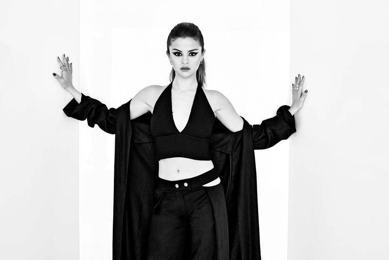 Selena Gomez Fotos 003-1110