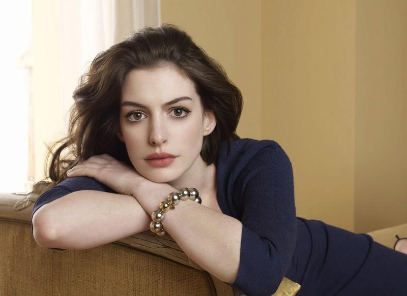 Anne Hathaway Fotos 005_410
