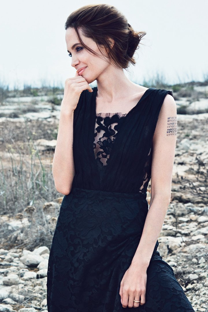 Angelina Jolie Fotos 00610