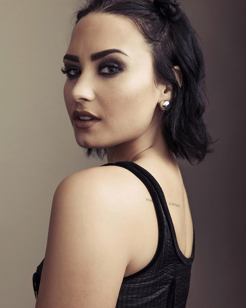 Demi Lovato Fotos  01-8210